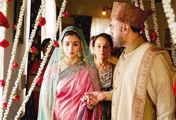 #raazi #scenes #sonirazdan #rajitkapur #aliabhatt #saree-in-new #sherwani_for_men #topi #filmistaanchannel #filmi