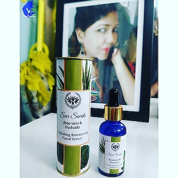 Are you wondering where is all this glow on my skin coming ? Then here is the secret ♥️ Aloe Vera and Guduchi Hydrating and Retexturing Face Serum ! This star product by @seersecrets does wonders to my skin! It has some amazing ingredients such as Aqua, Aloe Vera Juice Extract, Guduchi extract, Sugarcane Extract, Vitamin C etc. . . Let me tell you the best bits : 🍉Super Light 🍉Perfect as a night leave on serum 🍉Smells great 🍉Optimally priced 🍉Brightens the skin 🍉Treats pimples 🍉Lightens dark spots, skin blemishes etc. 🍉 Contains Guduchi that has anti ageing properties 🍉Aloe Vera treats sunburn and accelerates skin healing 🍉 Natural Exfoliant 🍉Sugarcane retextures the skin 🍉Perfect Night regimen . . . Use it after cleansing your skin, apply it directly to the face and massage slightly and allow your skin to absorb it. . . . You can buy it from Amazon and try it once ♥️ . . Product Review . . . . #MedhavistaProductReviews #indianblog #ontheblog #indianblogger #indianfashionblog #indiantravelblogger #indianbeautyblogger  #beautybloggerindian #beautyblogger  #beautyblog #beautyblogs #lifestyleblogger #lifestylebloggerindia  #ootdfashion #Delhiblogger #Delhifashionblogger #Delhilifestyleblogger #IndianFashionBlogger #IndianLifestyleBlogger #MedhavistaGyaan #shot #shotononeplus #shotononeplus5t #shotononeplusfivet #Medhavista #oneplus5tphotography . . @oneplus_india @oneplus @oneplus_5t @oneplus.photography @oneplus_in