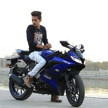 #yamaha #bikes #yamahar15 #bikers #m_m_khan_1234 #fashion #modelling- #ahemdabadblogger #indian