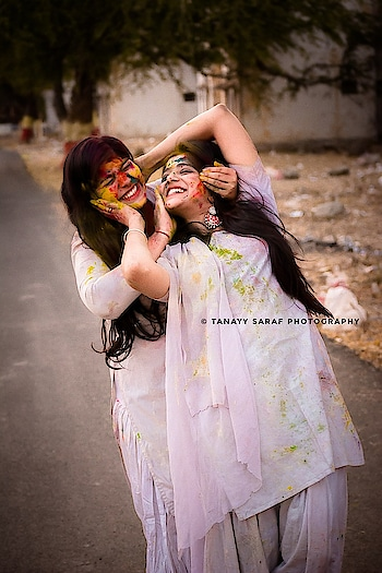holi   #holi #indian-festival #indian #festival #festivalfashion #modelshoot #roposo #ropo-love #ropophoto #photographyeveryday #photo-shoto #photo #photography #photographers_of_india #peace #india-punjab #photoshoot