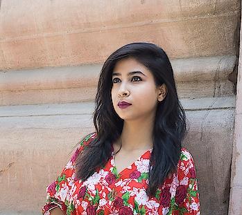 . 💄 @bellavoste Satin Pink 💋  👀 @mynykaa EyeEmSmokey  #diksha #fromposetocloth  #floralvibes#fashion#fashionblogger#blogger#nykaaeyeemsmokey#nykaabeauty#bellavoste#cosmetic#makeup#casualvibes#fashiontrend#trending#ot#indianfashionblogger#pikreview_official#pikreview#pikreviewblogger#plixxo#plixxoblogger#popxofashion#sdmdaily