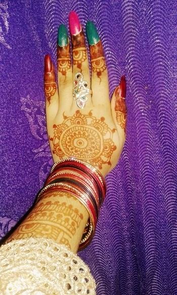 #MyHand #WeddingDay #HappinessOverloaded..😍😘 Howzz it???