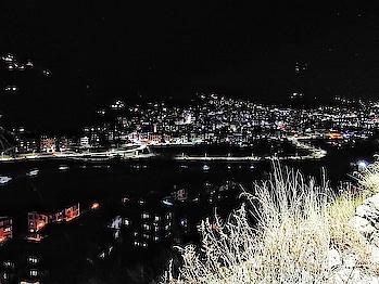 #mobilephotography #thimphu #bhutan #travel-diaries #trip #nightview #nightlife ❤ #freezingcold #blissfull #naturelover #mountainlove #hippieinhills #honor8pro #amateurphotographer #roposotraveldiaries #bhutantrip