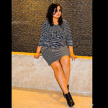 Who knew looking taller was so easy?! Also the QnA #vlog is going up tomorrow. So stay tuned 💫. . . #stripeddress  #dress  #blackandwhite  #blackboots  #casualstyle  #casualoutfit  #casualdress  #chandigarhfashionblogger  #delhifashionblogger  #delhigram  #mumbaifashionblogger  #fashionphotography  #bangalorefashionblogger  #fashionbloggerindia  #fashionblogger  #indianfashionblogger  #blogger  #fashion  #streetstyleindia  #mdblogs  #streetstyle  #goals  #hairgoals  #chandigarh  #stripes  #brand  #pose