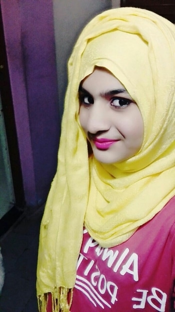 Cute smile #cute #smileday #cuteselfie #selfieoftheday #smiley #cutegirl #hijabfashion