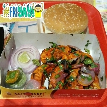 Superb! This Tandoori Chicken Momos and Momo Burger prove that period cravings can take you places! 🍗🍔💛💚 #tandoorimomos #momoslover #momos #moburger #wowmomos #momolove #yummy #spicy #foodoholic #foodaddict #foodie #foodisbae #foodislife #food #junkfood #junkfoodcravings #periodcravings #friyay