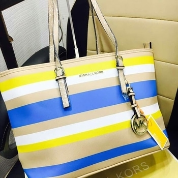Michael kors bag #michaelkors #bag #handbag #michaelkorsbag #bagscollection