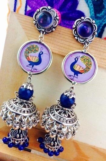 #jewellery #earrings  #earringaddict  #earringslove  #earringlover  #jewellery  #jewellerylove  #jewelleryblogger  #styles  #fashion  #women  #womensfashion  #womenfashiontrends  For queries whatsapp 9309392933