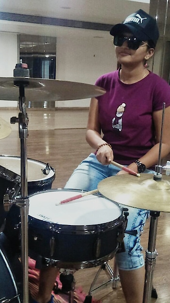 Sometimes A Drummer too..  😁 #justkidding #dreamer #artist #music #featureme #deeshajani #gujarat #followme #happy #followers