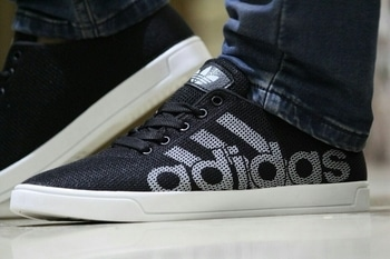 checkout these badboys . They come at a very reasonable price. #sneakers  #sneakerhead  #sneakerholics  #sneakerheads  #sneakerlove  #shoegram  #shoegram  #adidas  #adidasoriginals  #adidasshoes  #adidasneo  #puma  #pumasneakers  #puma-love  #puma  #denim  #stylingtips  #men-fashion  #followme #favouritefriends, #bff #traveldiaries #shoes