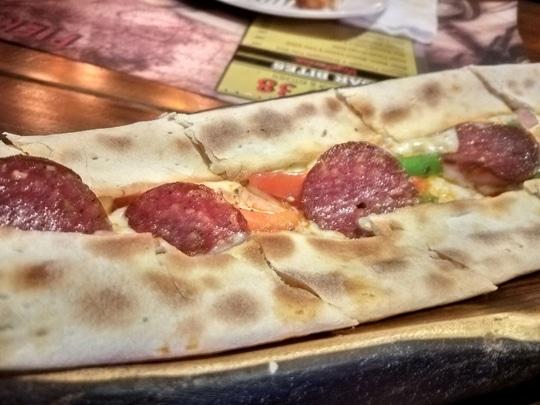 Turkish Pizza : Pepperoni Pide At Pier 38,Cyber Hub,  Gurgaon 😊😊💟!!  .  #rohanicles #foodblogger #foodbloggersindia #foodblogging #india #like4like!!