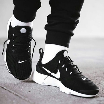 Nike shoes 👟 for order pls dm  #thebazaar #nike #nikeshoes #nikelover #westernwear #shoes #nikeindia #shoe_love #shoestyle #newcollection #amazing #footwear #footwearlove #brand #brandedstuff #brandedshoes #brand #brandlove #brandaddict