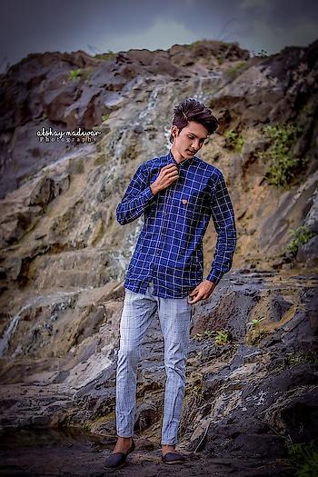 the_raido 😎 #zubernoor rider 💪 #attitude  #pose  #hairstyleing  #hairstyle   #shirts  #sunglasses #sunglas   #longhair  #boy  #hairstyleformen  #raido #stuntrider #smile  #pattern  #newonroposo #new-style #newpost #tshirt #sareelover #wedding-suits-designer #patiyala-suit #suitwithjacket