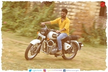 More from the shoot #me  #royalenfield  #bike  #photoshoot  #2017  #nikond5500  #editing  #effect  #awesome  #handsome  #bikeride