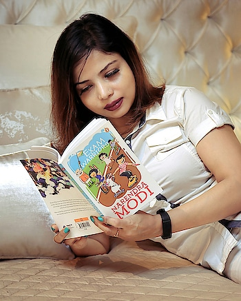When exams is on the cards be a warrior not a worrier and embrace it as if it is like festivals so celebrate it... Our Prime Minister Narendra Modi initiative to make exams a skill test of your preparation, not you so just relax... .. Read 25 mantras to be confident to shine to celebrate you and never feel powerless in your powerful moment .. .. Photo @picscine_photos_cinematics  #ExamWarriors #PlixxoBlogger #PlixxoXPenguinIndia @plixxo @popxodaily @penguinindia #fashionblogger #shiwangishrivastava #fashiontwistturns #exams #narendramodi #25 #potd #lovemywork #narendramodi