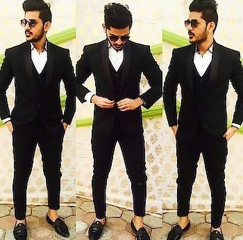 #chiragsethi #black-and-white #modellife #tvbythepeople #gabru #trending look #viral #trendycollection #faishonblogger