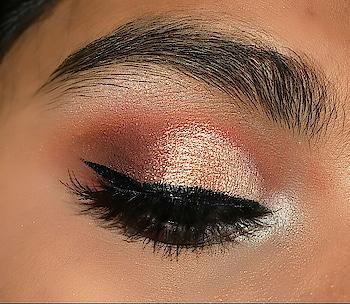 shimmer semi cut crease💗 #makeupblog #ropo-makeup #eye-makeup #eyeshadow #smokyeyes #semicutcrease #cutcreaseeyemakeup #linen #lashesonfleek #wingonfleektho #lookgoodfeelgood