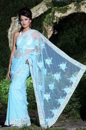 This candy blue net saree is perfect for a Saturday night dinner date! To buy follow: www.sweetysharma.com #sweetysharma #toch #fashionvideos #latesttrendycollection  https://www.facebook.com/SweetySharmaOfficial/