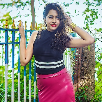 #blogger #fashionblogger #fashion #budget #stylinginspo #kolkata_igers #kolkatablogger #igdaily #ig_calcutta #mumbaistagram #mumbai #mumbaifashionblogger #indianblogger #styleblogger #friday #weekendvibes #weekend #sexy #pretty #she #loveyourself #grateful #gratitude #delhifashionblogger #monsoon #sunkissed #summeroutfits #summer