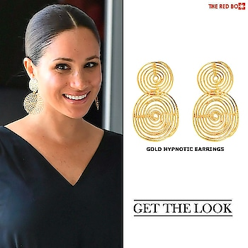 Get hooked with our Gold Hypnotic Earrings  à la Meghan Markle 🤩 🔥 https://www.theredbox.co.in/en/get-the-look-meghan-markles-earrings/?v=c86ee0d9d7ed . . . . . #theredbox #crazysexycool #spiceitup #suits #meghanmarkle #duchessofsussex #earrings #styleicon #suitstar#starceleb #fashionicon #popular #trendalert #vogue #cosmopolitan #ELLE #india #goldearrings #jewellery #hooked #fashiondiary #india #globalstore #meghanmarklefashion #fashionstore #urbanchic #chic #glam #hollywood #hollywoodstar #meghanmarklestyle