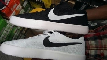 Nike sneaker just 2700 rupees Free Shipping For order:call/Whtsapp+917875334323