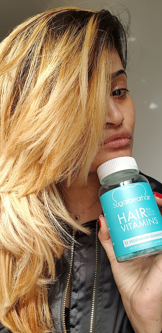 I m addicted to my daily dose of yummiest hair vitamins in the world💙 @sugarbearhair #followmeonroposo #followoninsta kaniz.m.shaikh  #vitamins #hairvitamins #sugarbearhair #love #luxury #nofilter #selflove #selfie #fashionstyle #fashionista #instagram #fit #beautiful #hair #pic #photooftheday #famous #instafamous #dubai #dxb #dubaifashion #healthyhair #instadaily #instaselfie #dietrysupplement #good #yummy #best #musttry #hairgoals