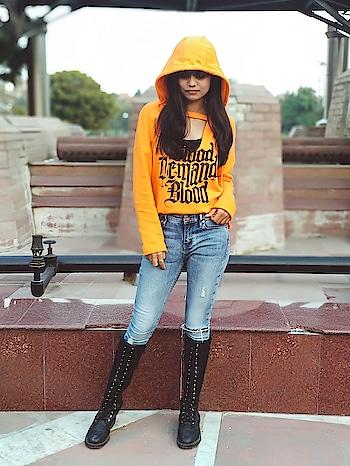Your Sunshine 🌞 . . . . . . #fashionphotoshoot #fashion #fashionblogger #bloggergirl #love #f4f #followers #like #ropo-style #roposo #hot #sunshine #ootd #potdtbt #delhi #chic #styles