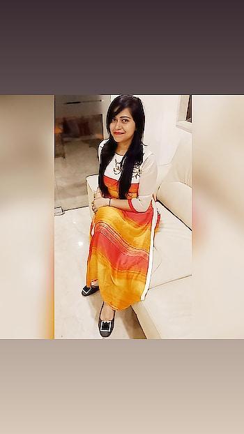 Style yourself 😗   #cute-girl#delhi#roposo-style #stylistlife #stylistafashionss #followme #followers #followings#likemyinstagramvideo#like #post-for-like #like4likeme#pose#makeup #mac #hair-style #igstyle #glam #good-looking #lookbook #post #roposo-good