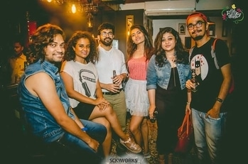 Pre-birthday celebration.... #Saturday #saturdaynight #night #nightout #weekendmood #party #partylover #partylook #friendshipgoals #friends #partying #partytime #music #dance  #partywear