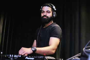 My mission in life is not merely to survive, but to thrive; and to do so with some passion, some compassion, some humor, and some style. . #dj #djs #djakshat #hardwork #djsworldwide #djstyle #bollywood #roposostar #roposo-dance