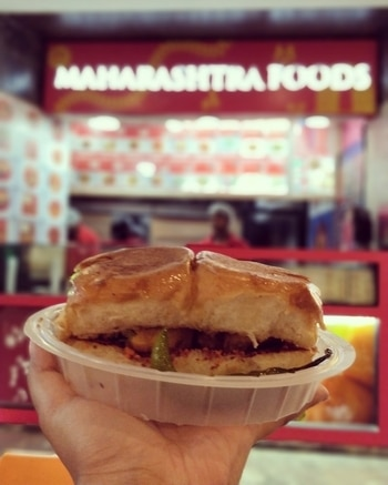 Best Vada Pao ever at Maharashtra Foods at Ambience Mall Gurgaon! They have a branch in Dilli Haat too! This is the closest to original I have had!  #vadapao #maharashtrianfood #roposofood #roposofoodblogger #foodbloggersindia #foodbloggersdelhi #foodlover #foodiesofindia #foodielife #foodieforlife #foodporn #foodgasm