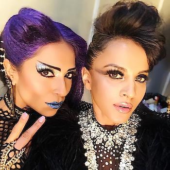 manasiscott -  Backstage and raring to go at the @indiamakeupshow for @savio_john_pereira . . Stoked to be #showstopper  #styledby @kavitakharayatk  #makeup by @vipulbhagatmakeupandhair  #hairstyle @iadhuna . . @ninjapinto I love you!! . . . . #HottieScottie #divadiaries #indiamakeupshow #2daysofyou #makeupandhair #burningman #awesometwosome #hotashell #rockstars #saturdaysarefortheboys - #regrann #dome #nscidome it