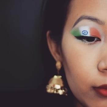 🇮🇳 . . . . . .. #youtuber  #youtubeindia  #indianyoutuber  #indianbeautyblogger  #ta_ma  #mua  #asianeyes  #monolidmakeup #eye-makeup   #makeuplover #makeup  #bblogger  #ytcreatorsindia  #bbloggerindia  #motd #makeuplove  #independenceday #India
