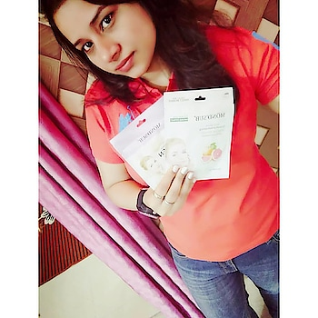 I will be pampering my skin with these facial masks, Thank you @mondsubindia for sending me their facial mask. This facial mask is very good for dry skin as it moisturising our skin so well with smoothness and brighten, glowing , refreshing your skin. Also available on Nyka, Flipkart Myntra and Snapdeal etc  Tshirt = @uspoloassnindia Jeans = @levis_in Watch =@fastrackworld #fashionblogger #fashion#lifestyle #oceancoste #followforfollow#like4like #instagood#instagram #ootb#photography #nehabhardwaj#happy #mondsubindia #washingtondc #skincare #uspolo #orange