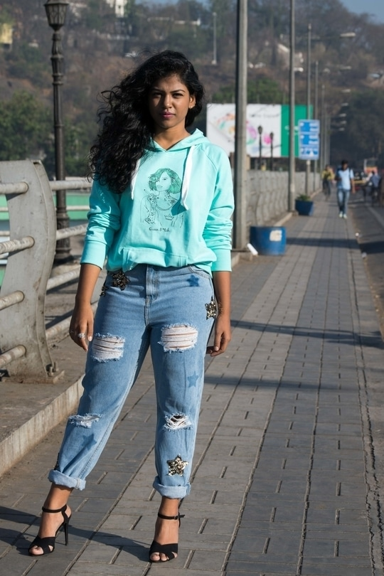 check out my new blog post on how to style your hoodies the glam way.... in collaboration with #bewakoofofficial  www.thegypsysoul.in #blogger #bloggerlife #stylegram #styleicon #streetstyle #fashionblogger #fashiongram #hyderabaddiaries #hyderabadblogger #puneblogger #puneinstagrammers #instapic  #southasianblogger #soroposo #womensfashion  #faujibrat  #outfitinfo #styleinspiration #aboutalook #keepitsimple #keepitstylish #indianblogger