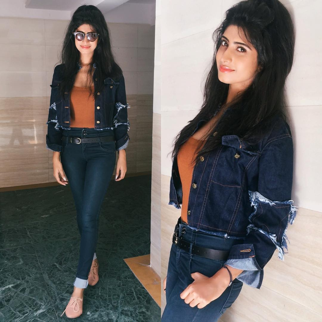 Wow Vindhya Tiwari when it comes to fashion attires..especially when it's denim jeans .. oh my gosh u look super phenomenal and gorgeous as ever. God bless you always dear. May God always keep u always happy.. healthy ..may all The success in life zeniths to prosperous for many many many yrs 2 come. After all u r the best!!!!