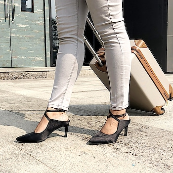 From the airport to a meeting, look elegant throughout the day with these Satin Mischief #INTOTOs  . . .  #globaltrends #fashionforall #shoelove #trending #dailyfashion #designershoes #womenswear #shoefie #daylook #newcollection #musthave #new #trendy #blackshoes #day #formallook #formalMonday #blackheels #kittenheels #newshoes