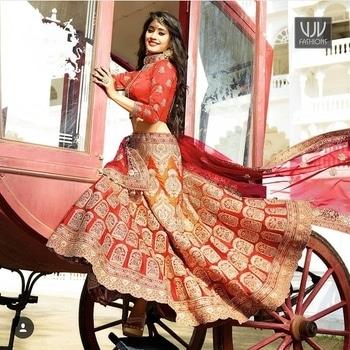 Buy Now @ https://goo.gl/vNt4xf  Shivangi Joshi Lovable Red And Orange Bridal Lehenga Choli  Fabric- Satin  Product No 👉 VJV-WEDD13047  @ www.vjvfashions.com  #shivangijoshi #chaniyacholi #ghagracholi #indianwear #indianwedding #fashion #fashions #trends #cultures #india #womenwear #weddingwear #ethnics #clothes #clothing #indian #beautiful #lehengasaree #lehenga #indiansaree #vjvfashions #bridalwear #bridal #indiandesigner #style #stylish #bollywood #kollywood #celebrity #outfits