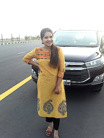 ootd . . . #ootd #indianwear #ethnic #fashion #lucknowblogger #fashionblogger  #fashion #fashionmirror #fashionblogger #fashionista #fashionlover #blogger #bloggerwordwide #fashionblogger #fashionista #fashion #fashionholic #apd #makeover #beautyblogger #lucknowblogger #indianblogger #asiablogger #lifestyleblogger #allindiablogger #love #like #comment #lifestyleblogger #fashionbydolly #influencer #lucknowinfluencer #indianinfluencer #newpost  #fashionmirror #fashionbydolly #shivangi #fashionmirrorbyshivangi #fashionmirror.in