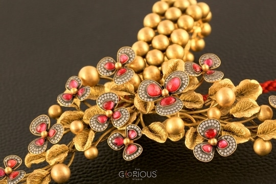 The Beauty is in the Details!#GoldJewelery#Elegance #jewelleryphotography#jewelry#bridal#accesories#fashion#instadaily#flawors#stone #gold#focus#canon#PhotoShoot#Creative#beautiful#style#luxury#instajewels#likes#finejewelry#highjewelry#like4like#roposo-good #roposolovers#stilllife#concept#productphotography#beauty#roposofasion#roposo-good#roposobeauty