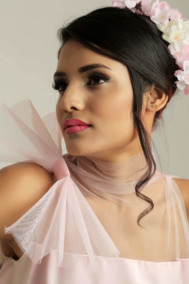 My favourite one from my collection called Leontine.  #hautecouture #redcarpetlook #fashiondesigner #ruffle #fashionfables #soroposo #ropolove #ropogood #pink