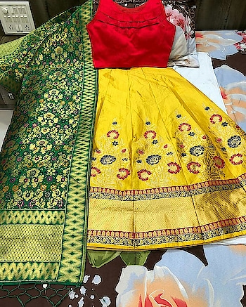 ❤❤❤❤ Full stock ready  Material: Thread work #Lehnga and ready paded #Blouse and #Banarasi #duppta #Payal Lehnga details#  Length: 42 Waist:42 Flair:3 mtr + Semistiched as left from 1 side for waist fitting  With cane cane and lining  #Pattern: umbrella with full flair  #Blouse details#  Standard size: ▪36-38 size ready  and ▪2 inches margin inside so can extend till 40 ▪Sleeves attached inside #Pacho blouse no sleeve come ▪padded Blouse  Duptaa : #Banarasi dupptaa  Length: 2.5 mrt + Waist:36 cm  #weddingwear #bride'smaid #wedding #celebrations #fashion #unique #partywear #instagram #india