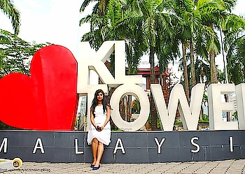 ❤ KL T O W E R ❤ #kualalumpur #malaysia #anamikachattopadhyaya #naturalbeautyandmakeup #travelblogger #travelling #roposotravel #roposocapture #captured #travelphoto #fashionblogger #summerstyle