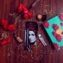 "Yay! Look what came in today's mail - ""My February Envy Box"" 💞 with each passing month the excitement to know the contents of @myenvybox_india has only increased.  Now without further ado, let's talk about this month's contents -  L'Oreal Paris Kajal 🌟 - It is a waterproof kajal and stays smudge proof for 14 hours. Perfect those am to pm days.  Avene Micellar Lotion 🌟 - It cleanses my skin and removes the makeup.  Votre Face Serum🌟 - Regular use of this serum helps brighten the complexion and reduces facial fine lines.  Gulnare Gold Dust Highlighter 🌟 - It has a creamy texture and can be used to give a natural looking glow to the cheek bones & T zone area.  My Envy Box 💕 has brought many new good quality makeup & skincare products to my knowledge and these miniature sizes are perfect to try a product and see how well it works for me. . . . . #WardrobeSecrets #MyEnvyBox #beauty #skincare #WSdaily #FashionBlogger #Fashiondaily #mumbaifashionblogger #mumbailifestyleblogger #LifestyleBlogger #lookbook #ootd  #Fashion #Style #picoftheday  #bestoftheday  #popxoblognetwork #popxoblogger"