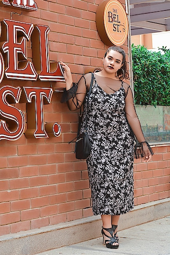 Feelin' Gothic & Right in @allaboutyoufromdeepikapadukone 🔥 #mesh #allaboutyou #allaboutyoubydp #allaboutyoubydeepikapadukone #deepikapadukone #gothic #fashionshoot #newlook #fashion #photoshoots #style #YouTuber #indianfashionblogger #bangalorefashionblogger #bangalore #instadaily #like4like #like4likes #fashionblogger #styleblogger #followforfollow #beautyblogger #beautyvlogger #fblogger #indianblogger #bangaloreblogger #bengalurublogger #blogger #shopaholicpals