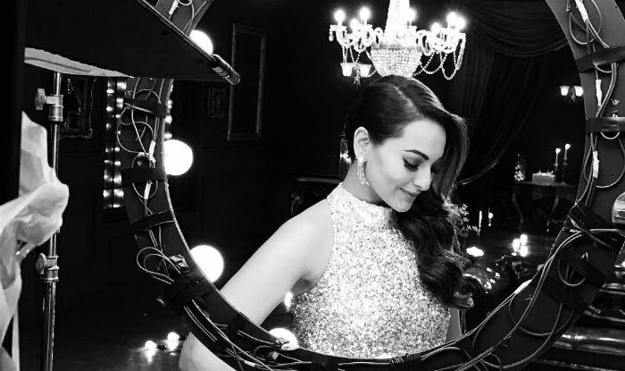 Sonakshi Sinha Looks gorgeous in black and white.