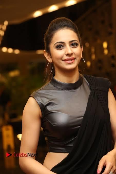 #rakul #bollywoodsuits #bollywoodcollection  #tollywoodactress #actress #rakulpreetsingh #hotness