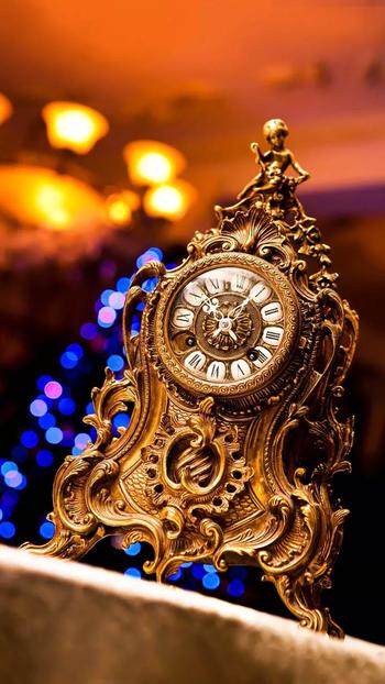 #clock #beautyandthebeast #talkingclock #ancient #beautiful #curse