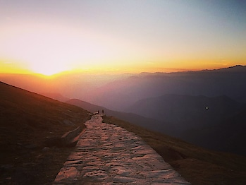 View to remember.......❤️ . Every tym I saw it became more n more beautiful. . . Chandershila peak ( a great experience to remember ) 4100m from sea level to summit point❤️ . . #mountain #mountains  #mountainbike #mountaindew #mountainbiking #mountainview #mountainlife #mountaineering #mountaintop #mountainman #mountainclimbing #mountaineers  #mountaineer #mountaincreek  #snypechat #mountainliving  #mountainbikes #mountainworld #mountainhigh #mountainlove #mountainside  #mountainbiker  #mountainclimbers #summit #point #sunset #triptoremember #shotoniphone