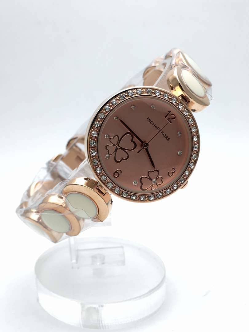 MK Ladies Watch 😘 😘😘😘😘 Awesome Quality 😍 😍😍😍😍😍 For Order Use Chat To Buy Option or Whatsapp 9893705556